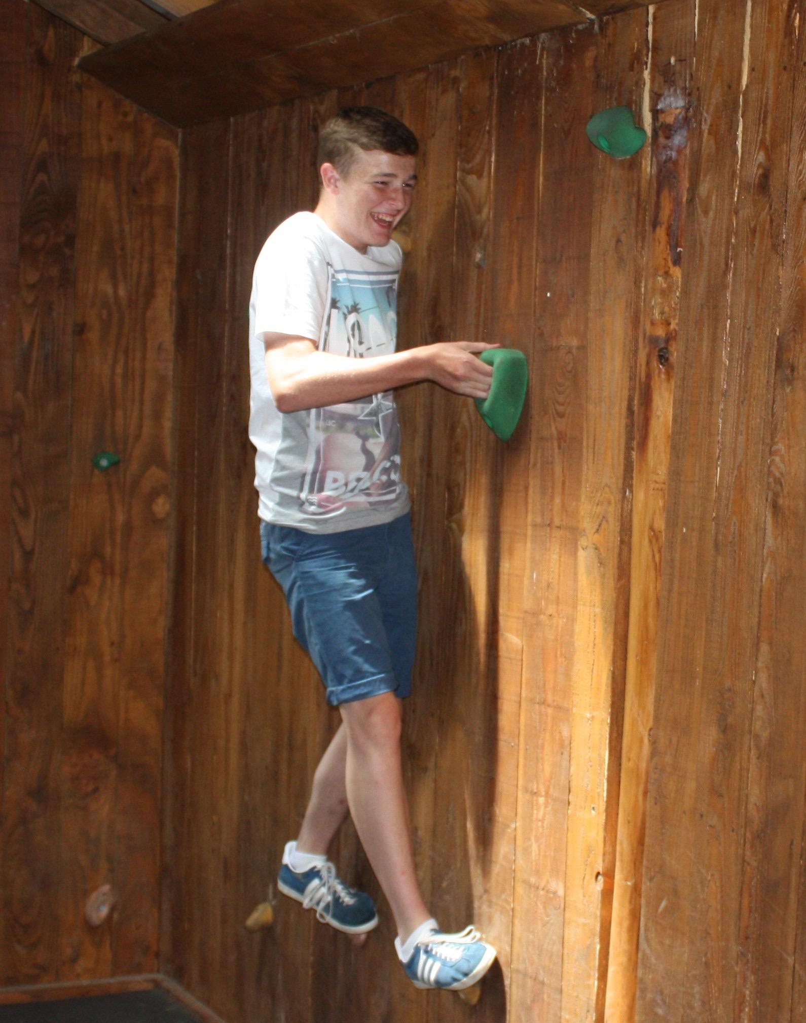 indoor climbing cabin traversing