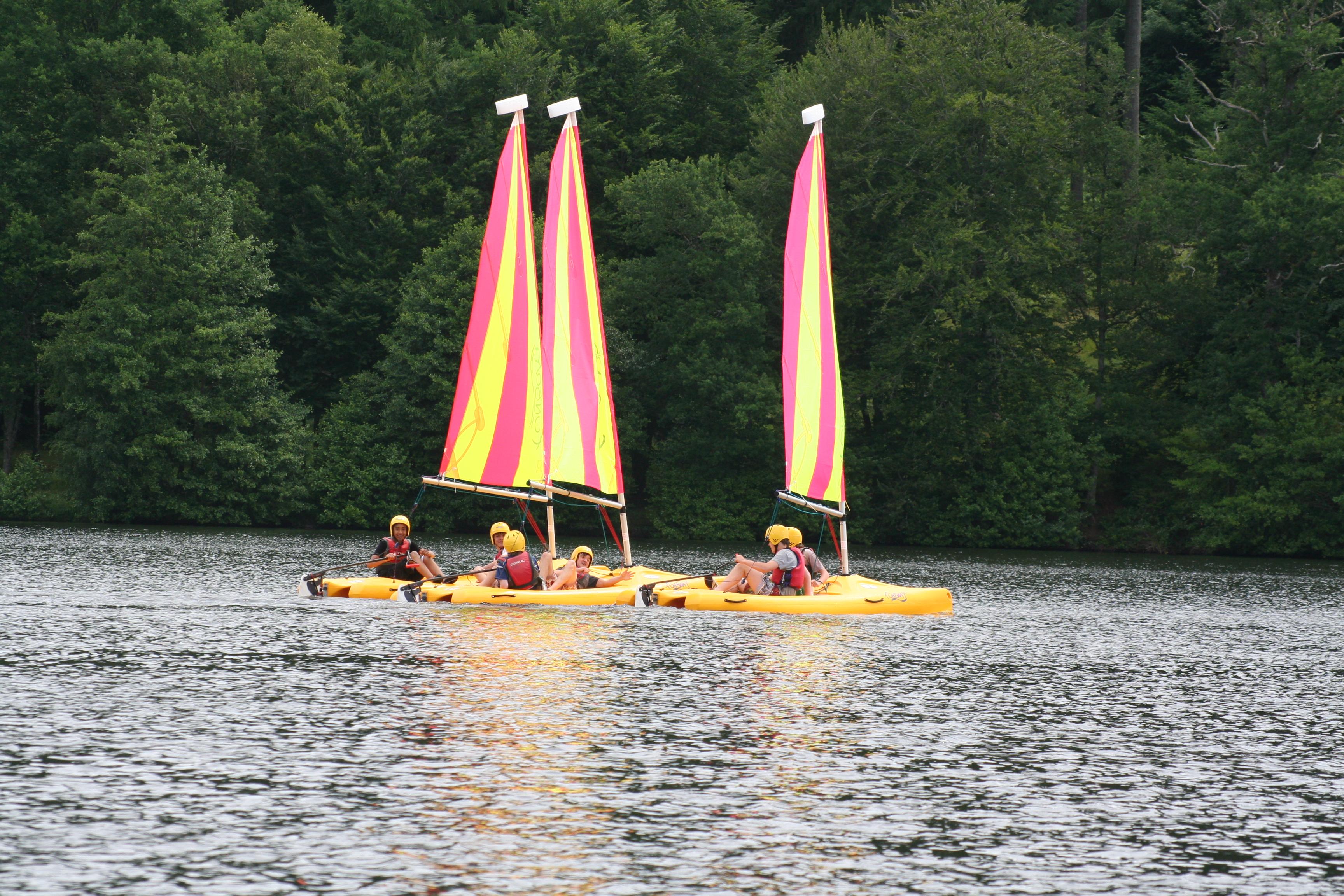 Sailing Funboats Lake Children Groups